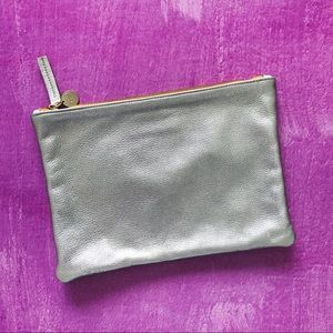 CLARE VIVIER Leather Metallic Silver Flat Clutch
